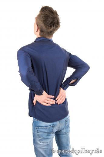 Rückenschmerzen Mann Hält Sich Den Rücken Kostenloses Bild